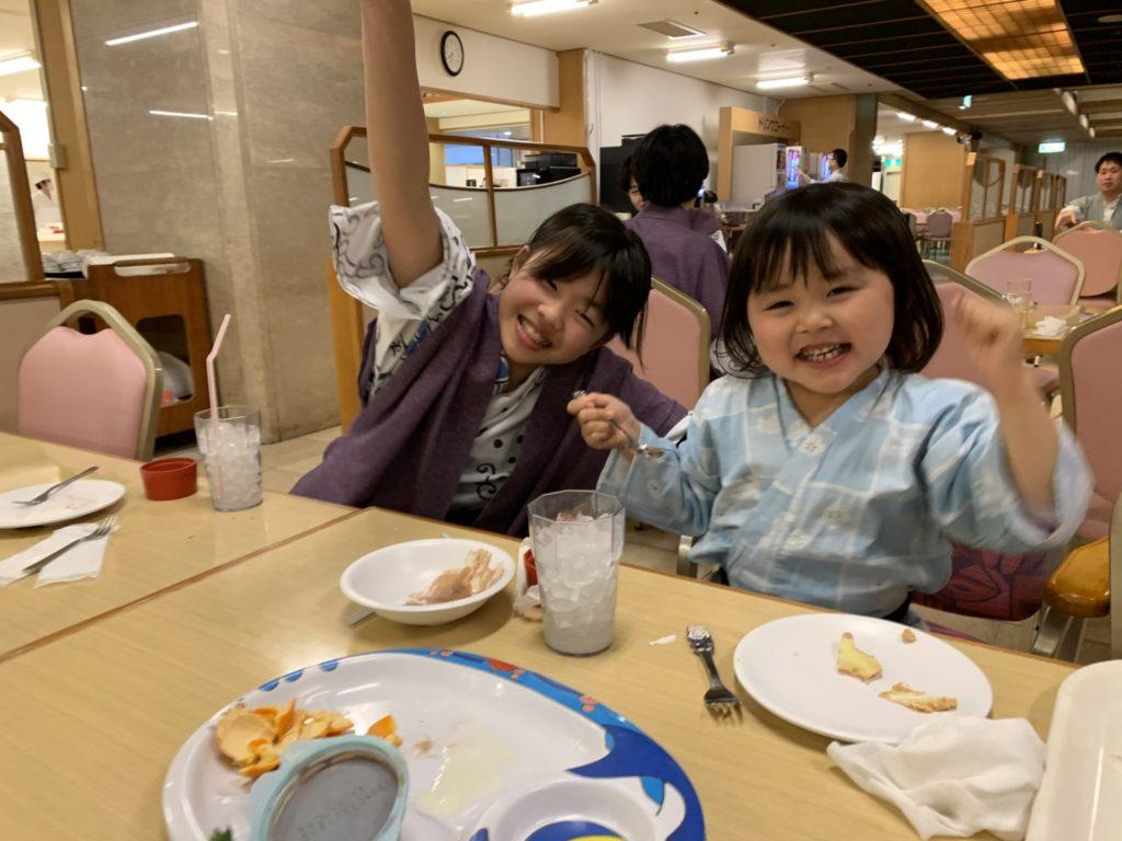 和歌山【ホテル浦島】バイキングではマグロショーで大興奮